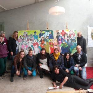 Workshops Bedrijven - Het Zorgteam Poseert Voor Hun Eigen Gesammtkunstwerk - 2013