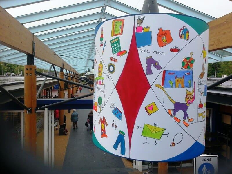 penpaints-Zon op Zuid- Lampekappen in winkelcentrum Elderveld- Arnhem2013