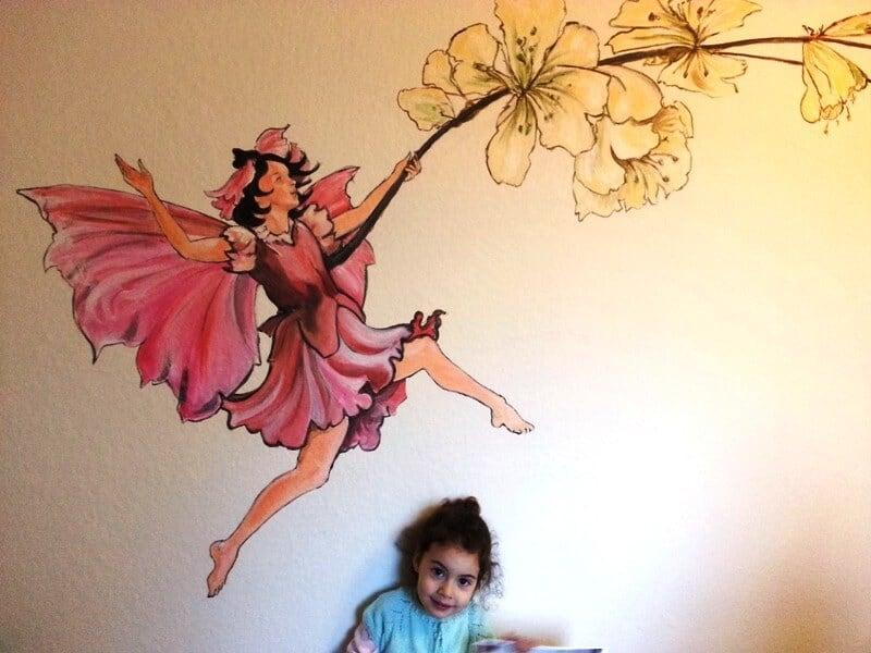 penpaints- muurschildering kinderkamer met trots meisje-Deventer2013